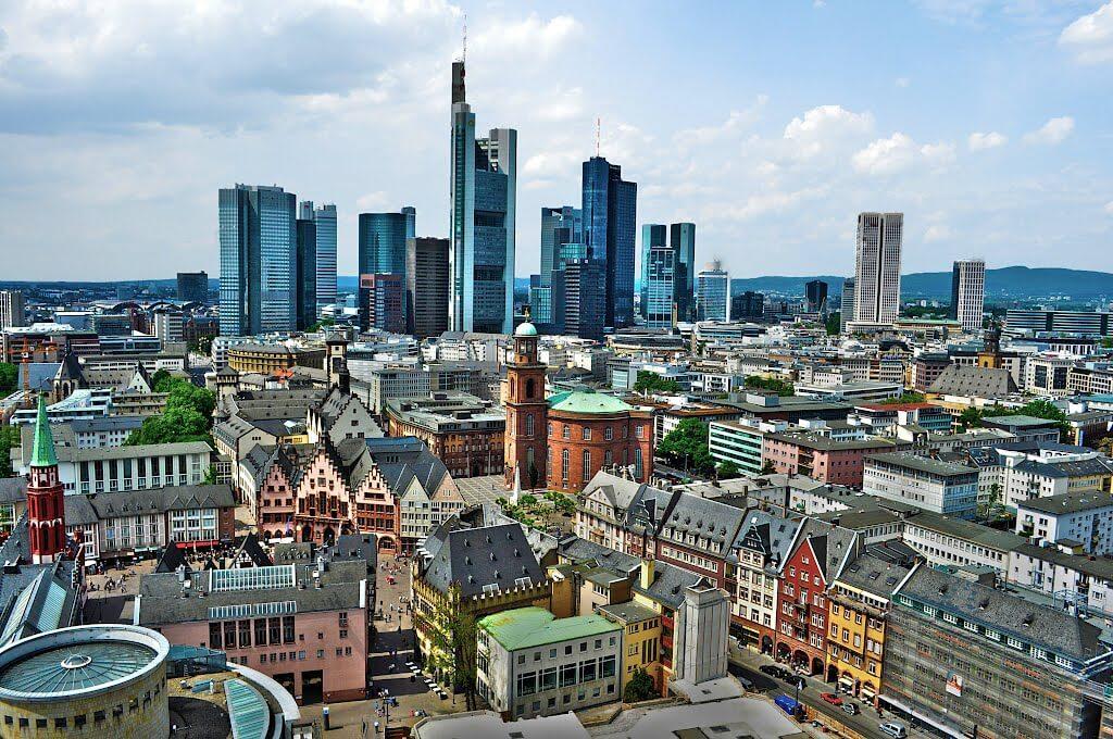Haartransplantation Frankfurt, Haarverpflanzung Hessen für Männer und Frauen