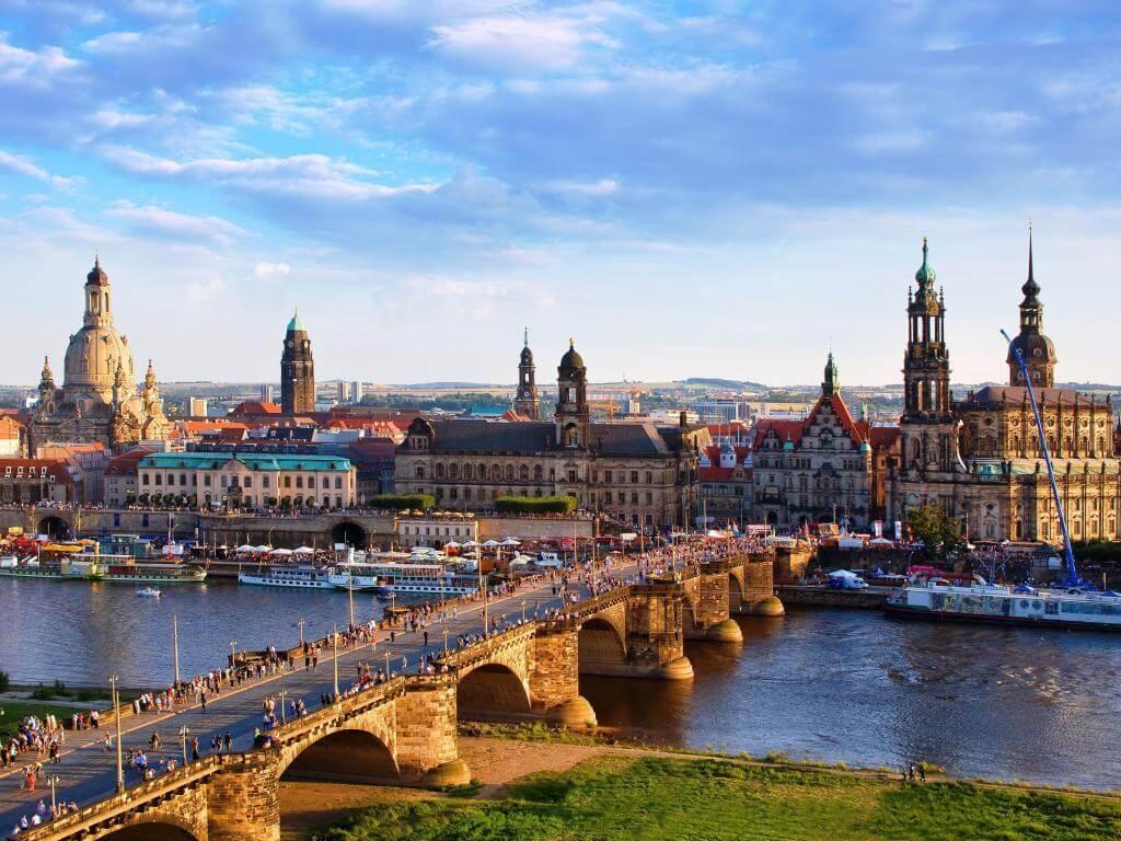 Haartransplantation Dresden, Haarverpflanzung Sachsen für Männer und Frauen